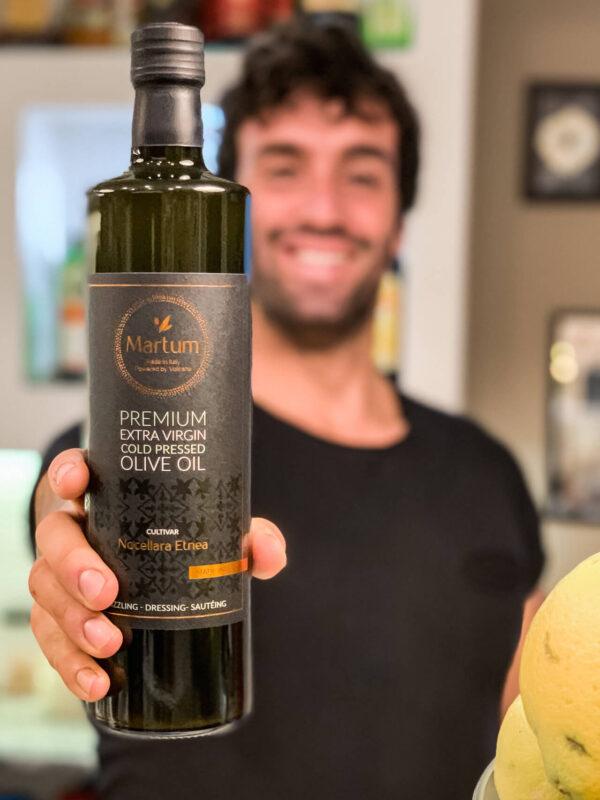 Martum fresh harvest olive oil